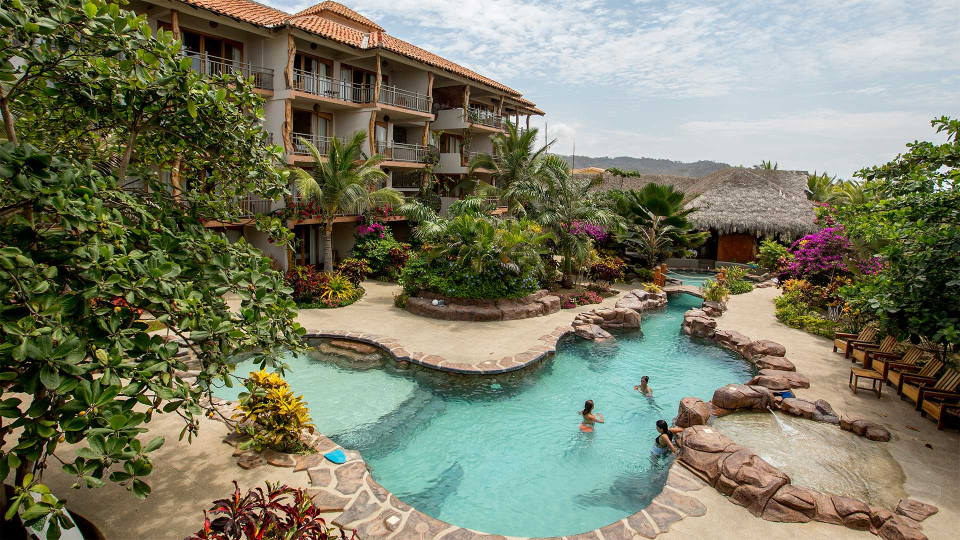 One Of Ecuador S Finest Beach Hotels Canoa Hotel In Manabí Province